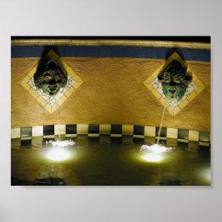 Gargoyles de las piscinas de las fuentes del canal póster