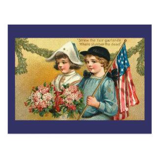 Garlands Vintage Americana Postcard