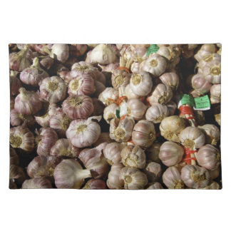 Garlic heap cloth placemat