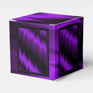 Garras de la lila caja para regalos