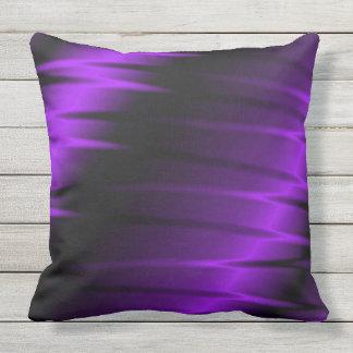 Garras de la lila cojín decorativo