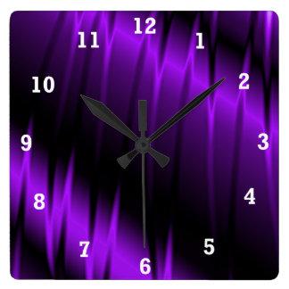 Garras de la lila reloj cuadrado