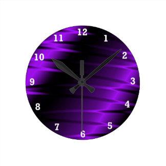 Garras de la lila reloj redondo mediano