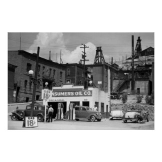 Gas Station, 1939 Print