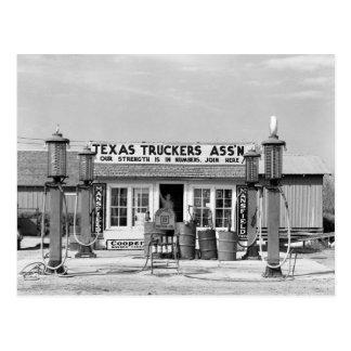 Gas station - Edcouch, Texas: 1939 Postcard