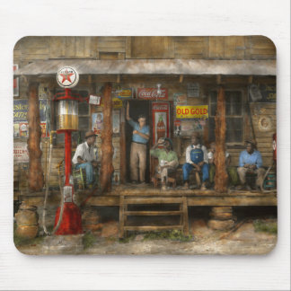 Gas Station - Sunday afternoon - 1939 Mouse Pad