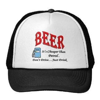 Gasolina de la cerveza llena gorras de camionero