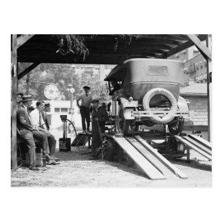 Gasolinera del automóvil, 1924. Foto del vintage Postal