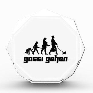 Gassi gehen acrylic award