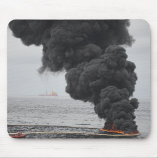 Gathered concentrated oil burns mouse pad