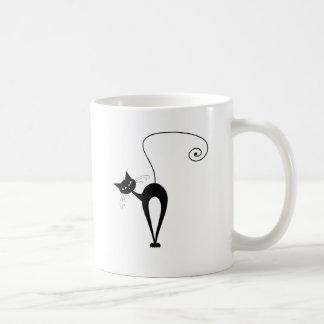 Gatito banal negro 3 tazas de café
