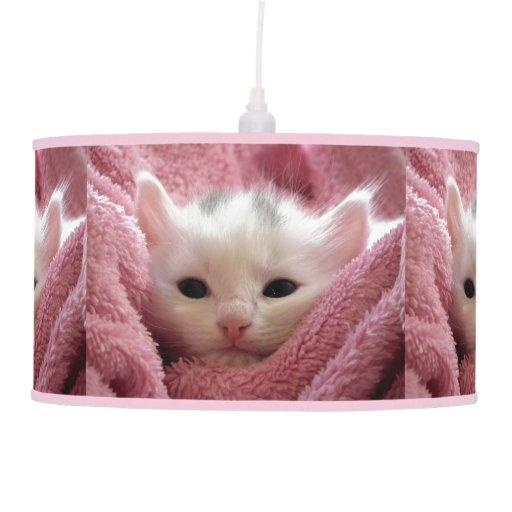 Gatito blanco precioso lámpara de techo