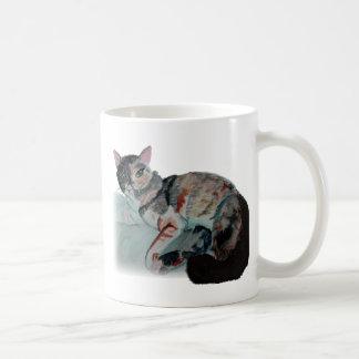 gatito bonito taza clásica