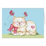 Gatito con el corazón felicitación