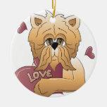 Gatito con la tarjeta del amor ornamentos para reyes magos