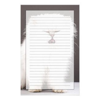 Gatito con los ojos cerrados papelería personalizada