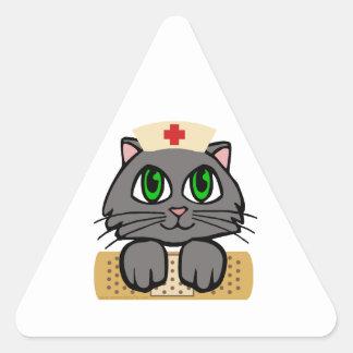 Gatito de la enfermera pegatina triangular
