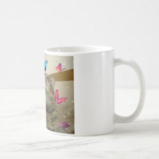 Gatito de la mariposa tazas de café