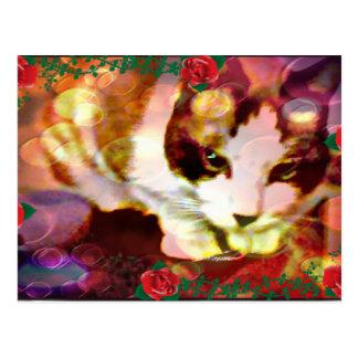 gatito de la raqueta en los rosas rojos tarjeta postal