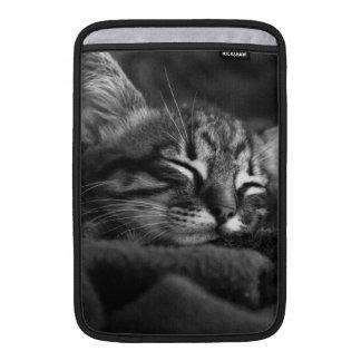 Gatito el dormir fundas MacBook