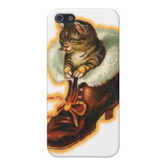 Gatito en bota iPhone 5 cárcasas