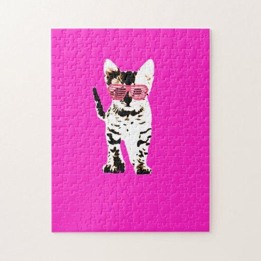 gatito en sombras rosadas rompecabezas