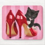 Gatito en zapato alfombrilla de raton