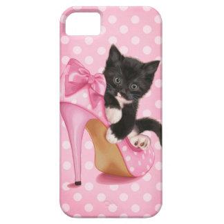 Gatito en zapato rosado funda para iPhone 5 barely there