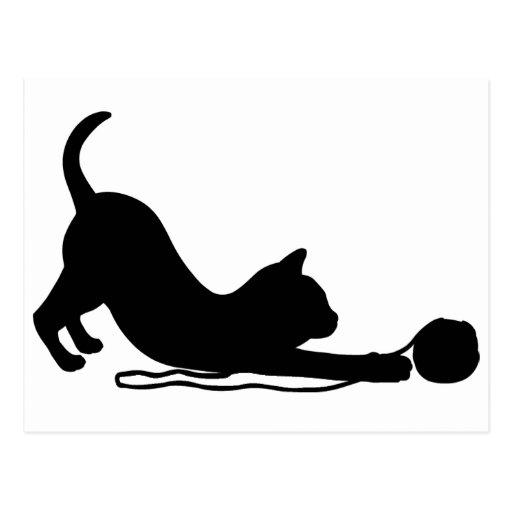 Gatito juguetón postales