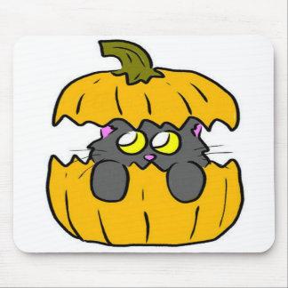 gatito lindo de la calabaza de Halloween Tapete De Raton