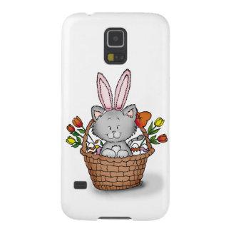 Gatito lindo en la cesta de Pascua Funda De Galaxy S5