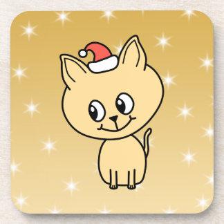Gatito lindo en un sombrero del navidad posavasos de bebida
