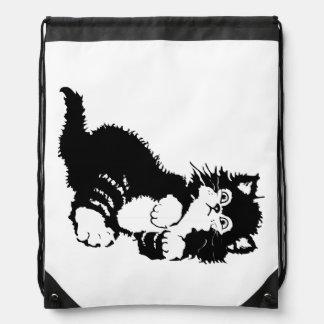 Gatito negro mochila