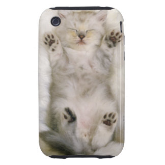 Gatito que duerme en una alfombra mullida blanca iPhone 3 tough funda