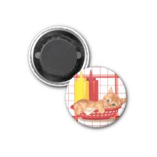 Gatito retro del estilo del comensal imán redondo 3 cm