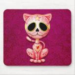 Gatito rosado del azúcar del zombi alfombrilla de raton