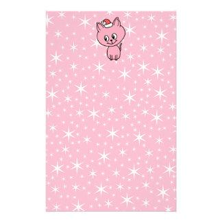 Gatito rosado lindo en un sombrero del navidad papeleria