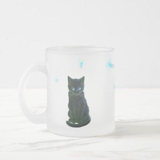 gatito y hadas de la falta tazas