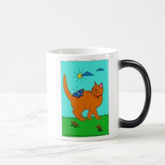 Gatito y mariposa rojos tazas