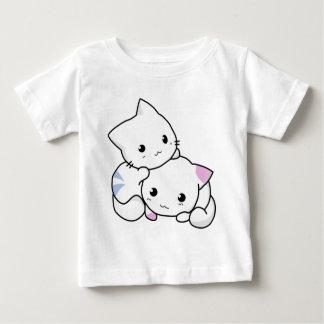 Gatitos animados blancos lindos camisas