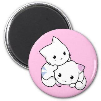 Gatitos animados blancos lindos imán para frigorífico