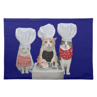 Gatitos del cocinero mantel