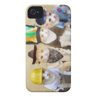 Gatitos del pueblo iPhone 4 Case-Mate cárcasas
