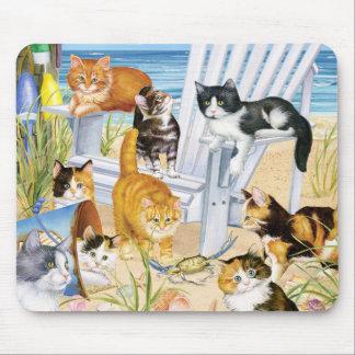 Gatitos del vago de la playa mouse pad