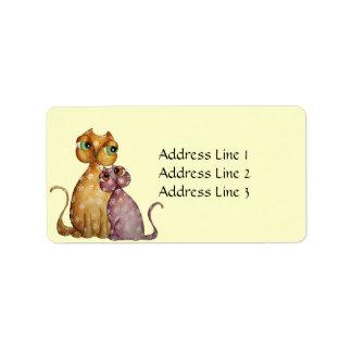 Gatitos en etiqueta de dirección del amor