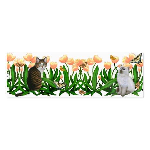 Gatitos en la señal del jardín del tulipán tarjetas personales