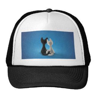 Gatitos entrelazados gorras de camionero