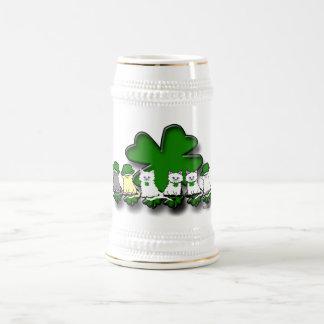 Gatitos irlandeses en una fila Stein Jarra De Cerveza