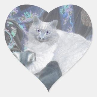 gatitos lindos calcomanía de corazón personalizadas