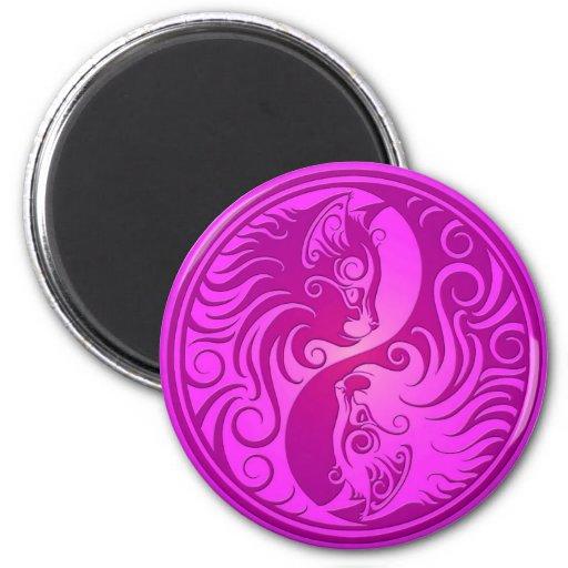 Gatitos púrpuras de Yin Yang Imán De Frigorifico